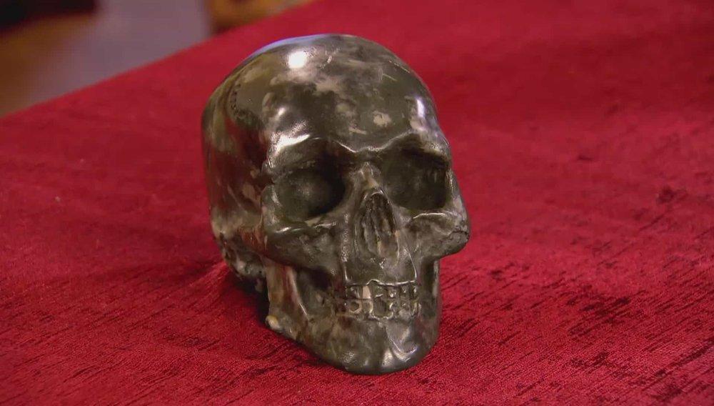 Skull Price:£100 PRIVATE COLLECTOR