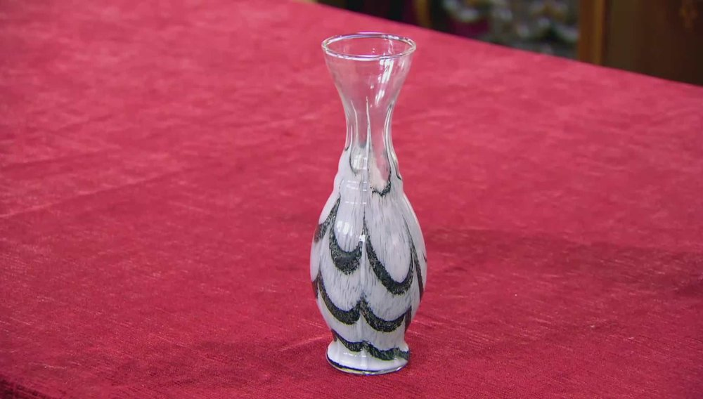 Art Deco Style Patterned Vase Price: £40 VISIT HETTIE HARPER AT ALFIE'S ANTIQUES WEBSITE