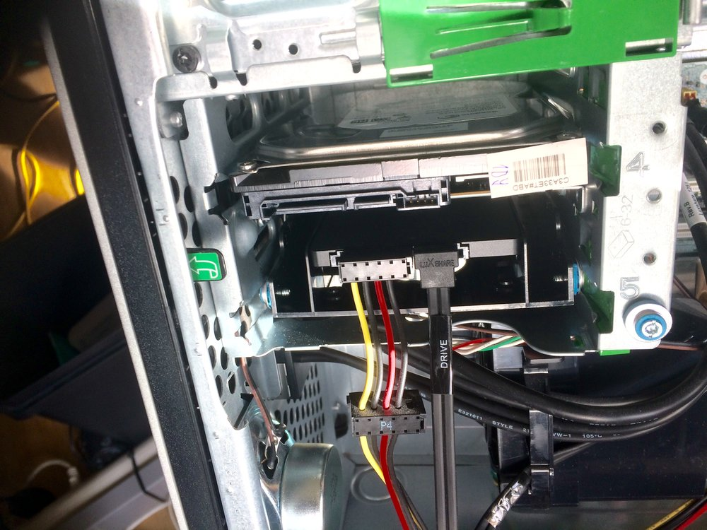 Replacing Old hard-drive with Solid State Drive-5.jpg