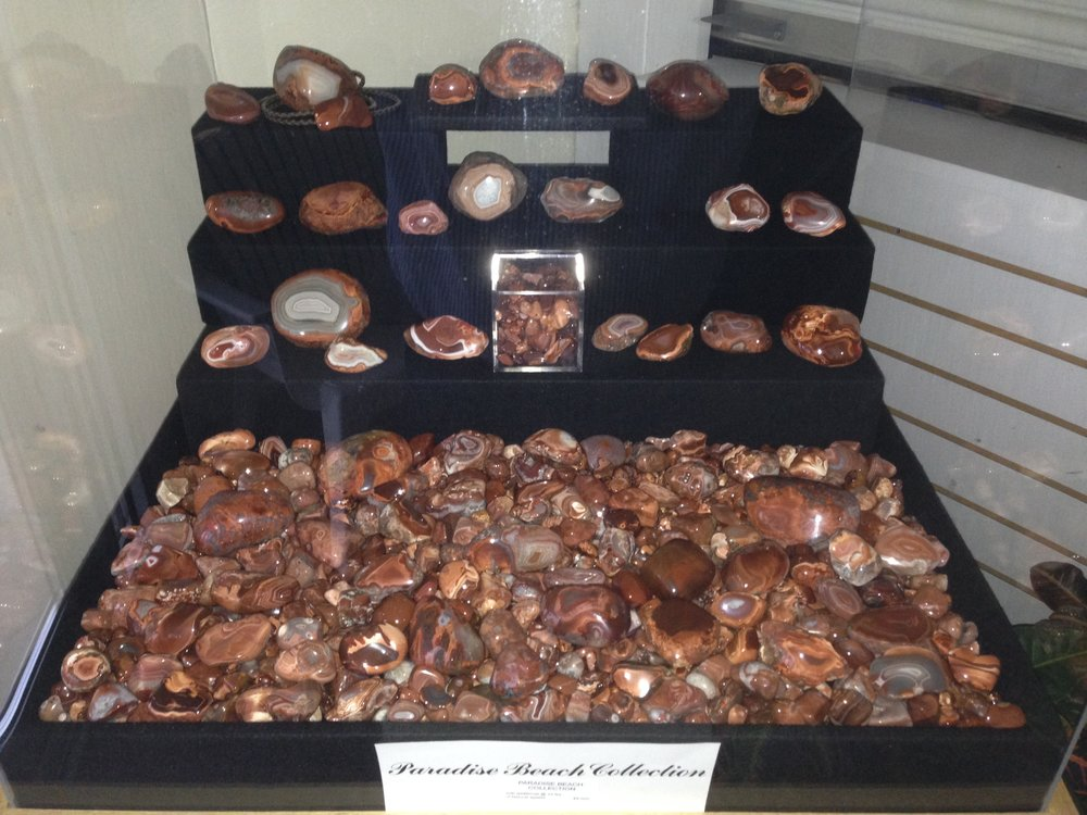 Lake Superior Paradise Beach Collection  + an additional                                                           24 lbs. more unpolished agates