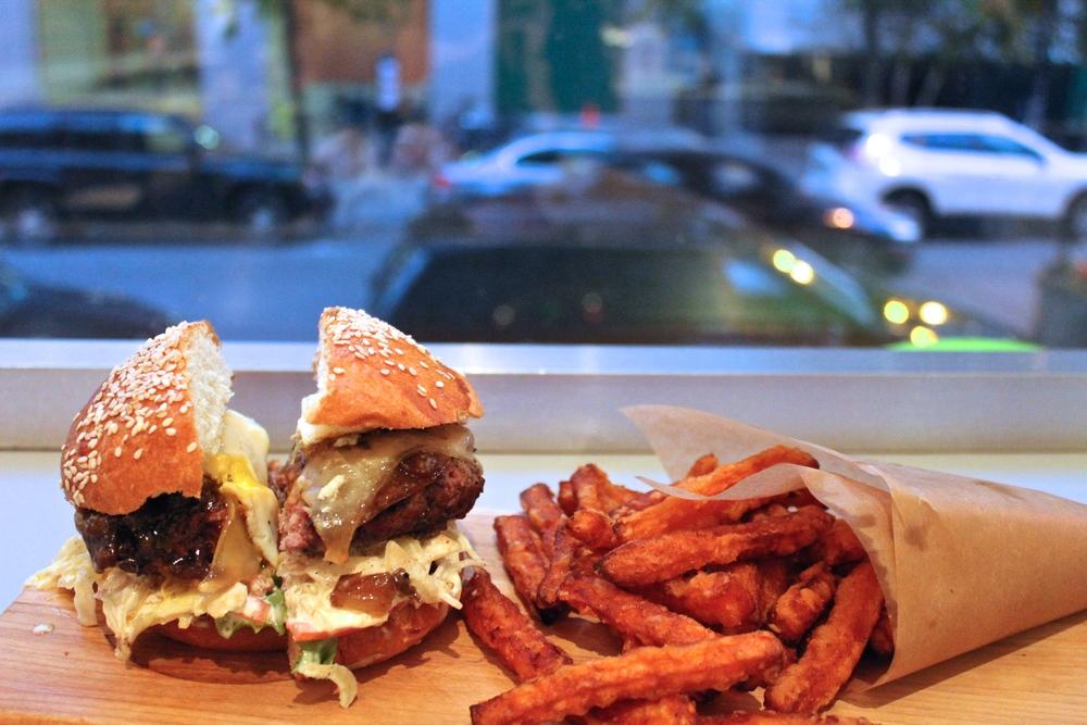 Gourmet burger-2.JPG