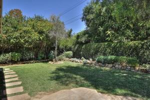 536 Pintura Backyard