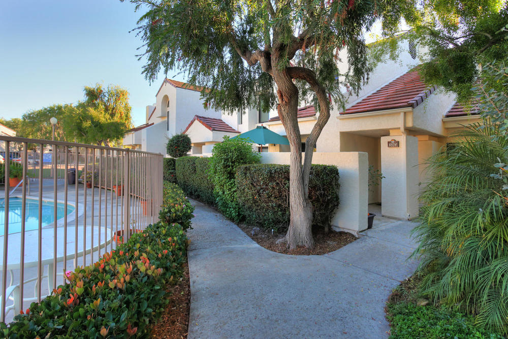 4854 Sawyer Ave, Carpinteria