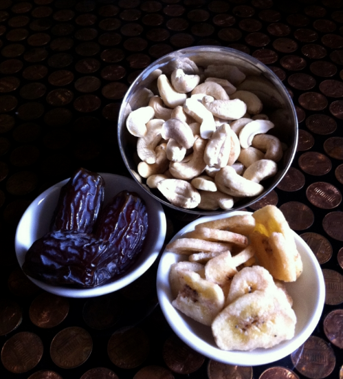 These are what I like to add for some creaminess (or, as Mrs. Felix, my grade school teacher liked to call it, some pithiness!) dates, frozen bananas, raw cashew, and an avocado.
