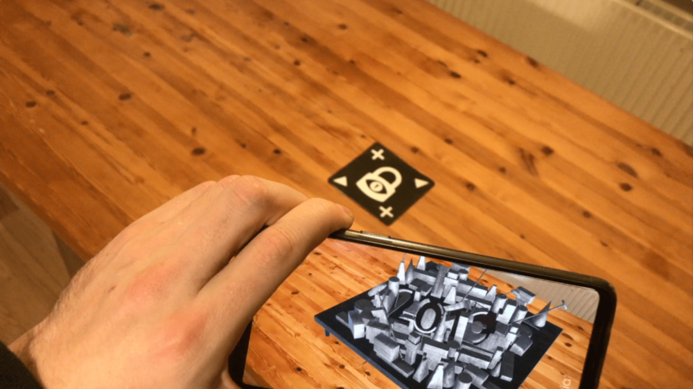 The Perspectives AR riddle by RiddleFactory makes use of the unique qualities of Augmented Reality.
