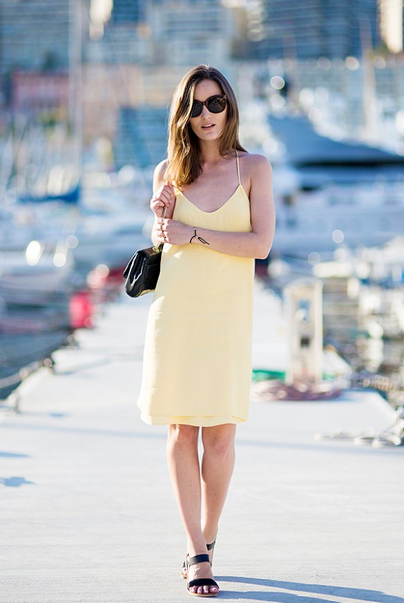 Photo source: http://aelida.com/fashion/12-lovely-outfit-ideas-for-your-summer-date-nights/