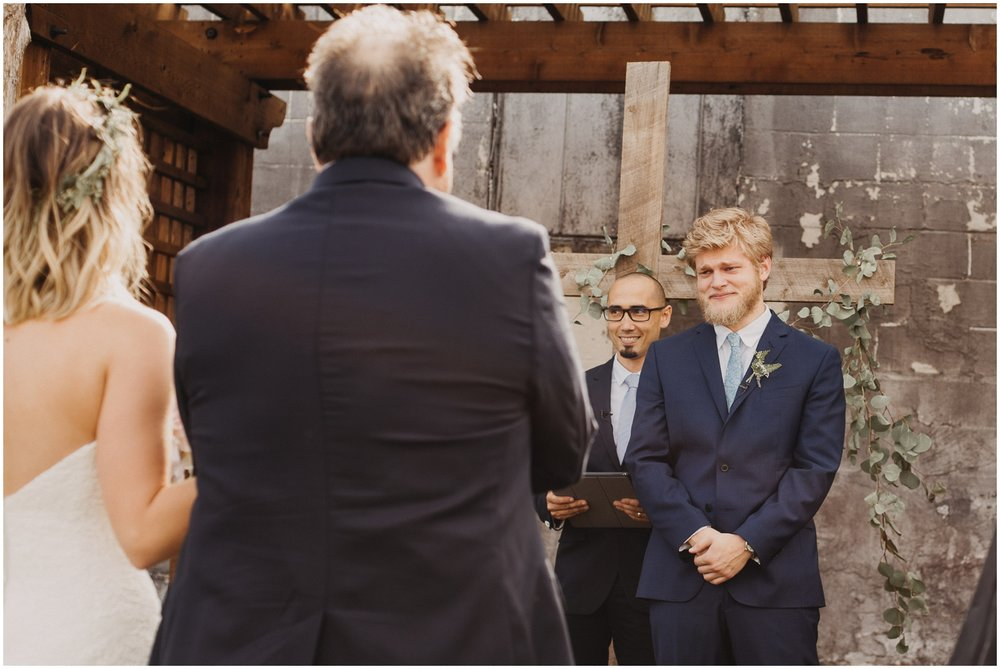 Loflin_Yard_Memphis_Wedding_Photographer_0141.jpg
