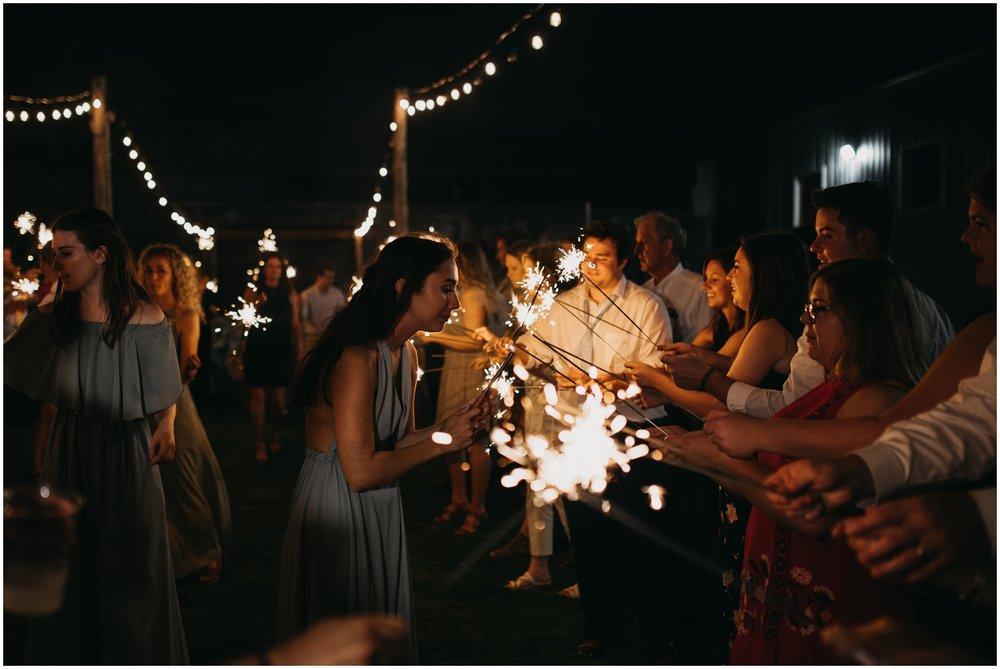 Loflin_Yard_Memphis_Wedding_Photographer_0164.jpg