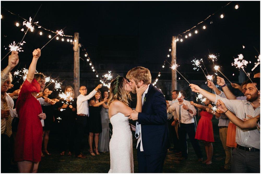 Loflin_Yard_Memphis_Wedding_Photographer_0165.jpg