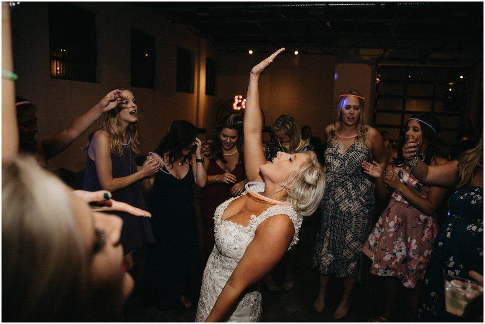 Memphis_Wedding_Photographer_0043.jpg