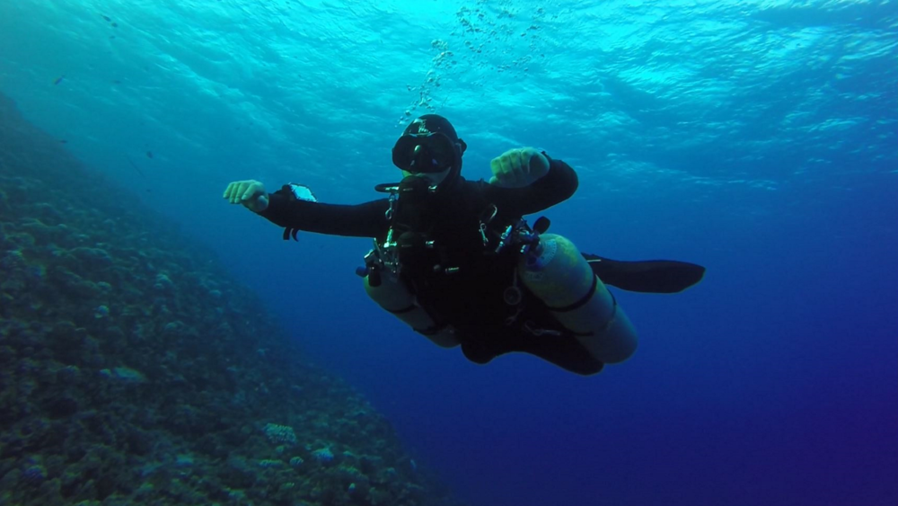 Sidemount Diving at Molokini Crater, Maui