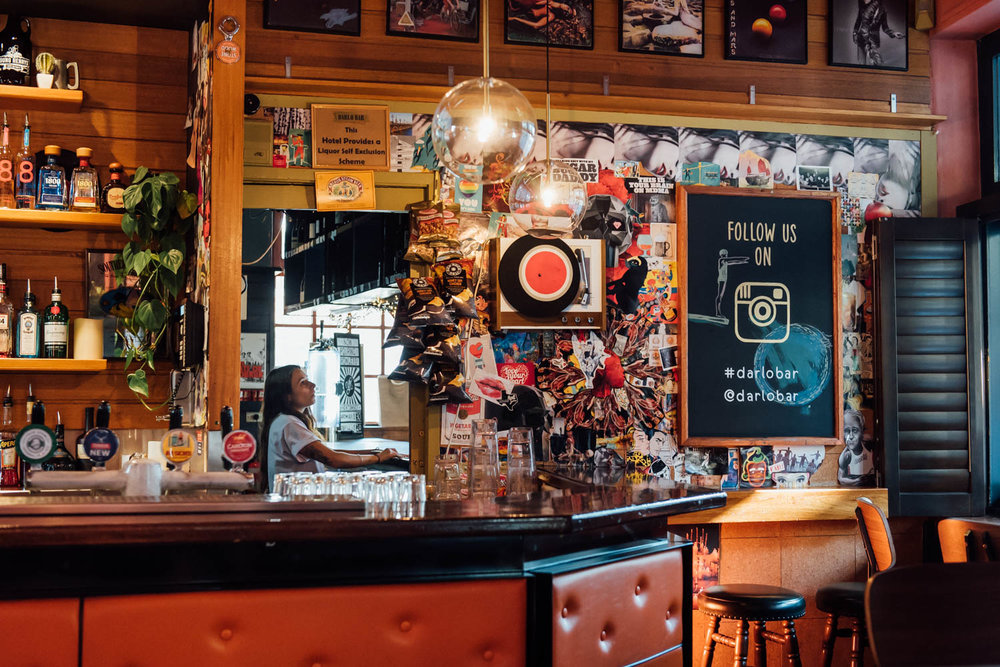 Darlo Bar Interior Daytime 8
