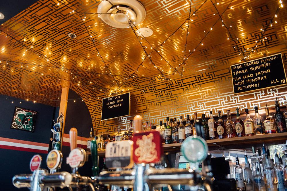 Darlo Bar Interior Daytime 4