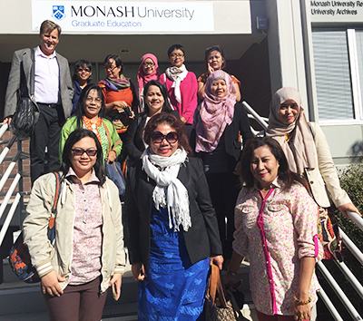 "Participants in ""Empowering Women for Sustainable Development of Indonesia's Aquatic Living Resource's program"". Ibu Oa in the middle row with green attire. (Picture source: Website Monash University, Australia"