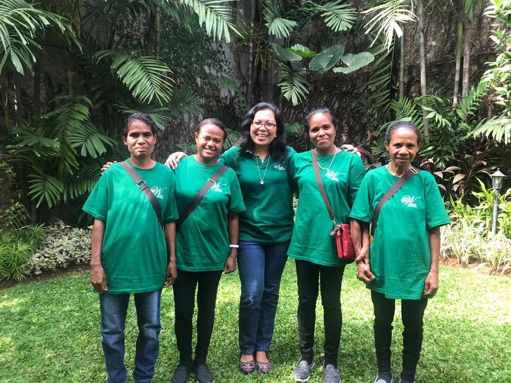 Third Batch of Solar Mamas with Paula Landowero (middle)