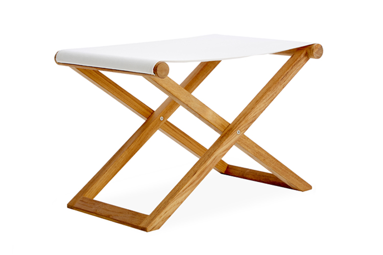 Folding Safari Stool 1.jpg