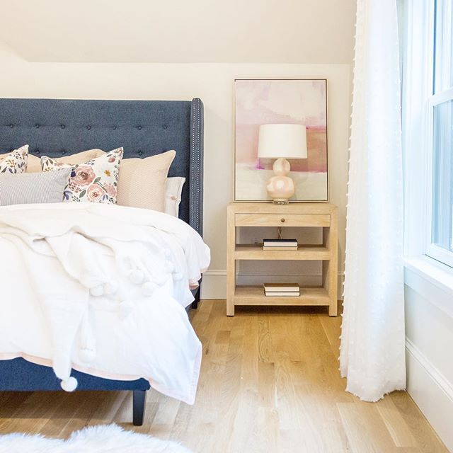 #regram from our talented friends at @refinedhomestudio , wouldn't this be the perfect space for Saturday sleeping in? We're big fans of navy and blush, and are delighted that @kimberleylubrano layered our brushstroke lamp into this dreamy design! #brushstrokelamp #weekendvibes #shopsmall