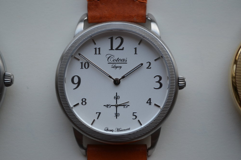 Cotcas Legacy - Brushed steel/White dial