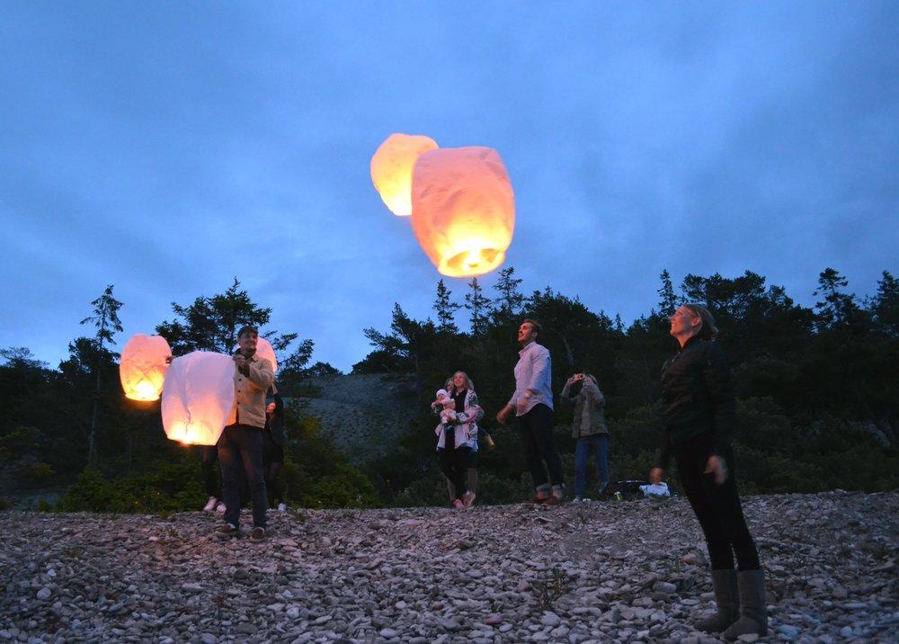 Releasing thai lanterns.