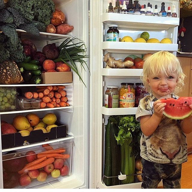 Plant strong Bebe! 🍉👶🏽 Thumbs up if your fridge also looks like the Garden of Life!!
