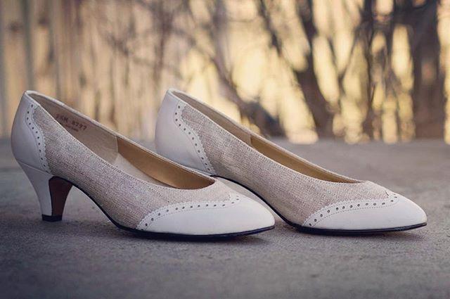 Vintage Askepottsko perfekte til den store dagen kan kjøpst på www.oldemors.com #vintage #wedding #shoes #bryllup #brudekjole #oldemorsbrudekiste