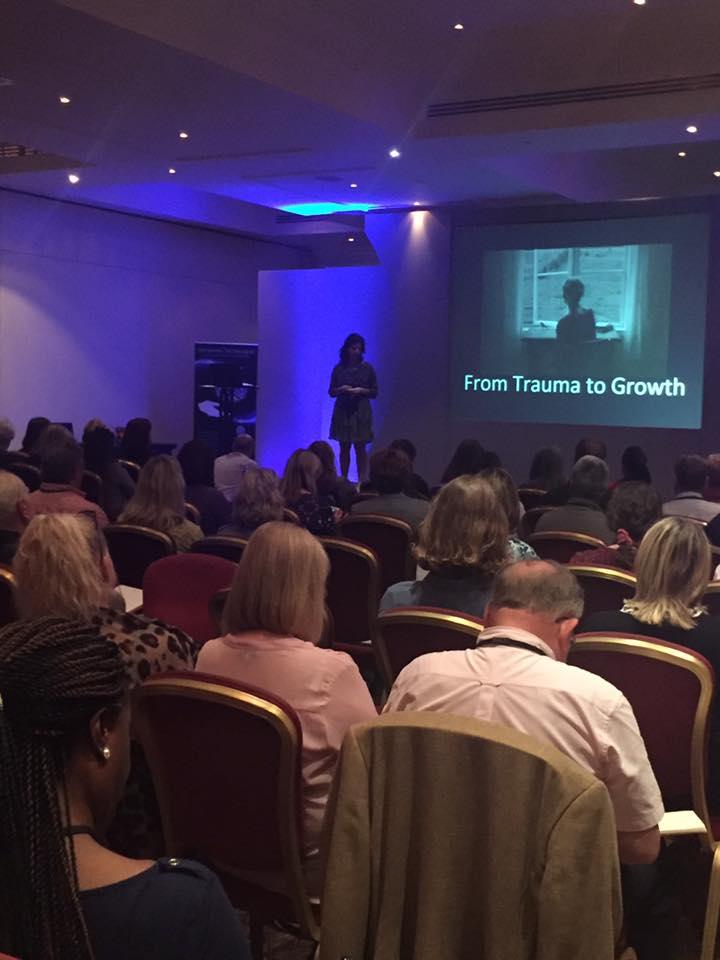 Margaréta előadása a Havening Konferencián Nagy Britanniában