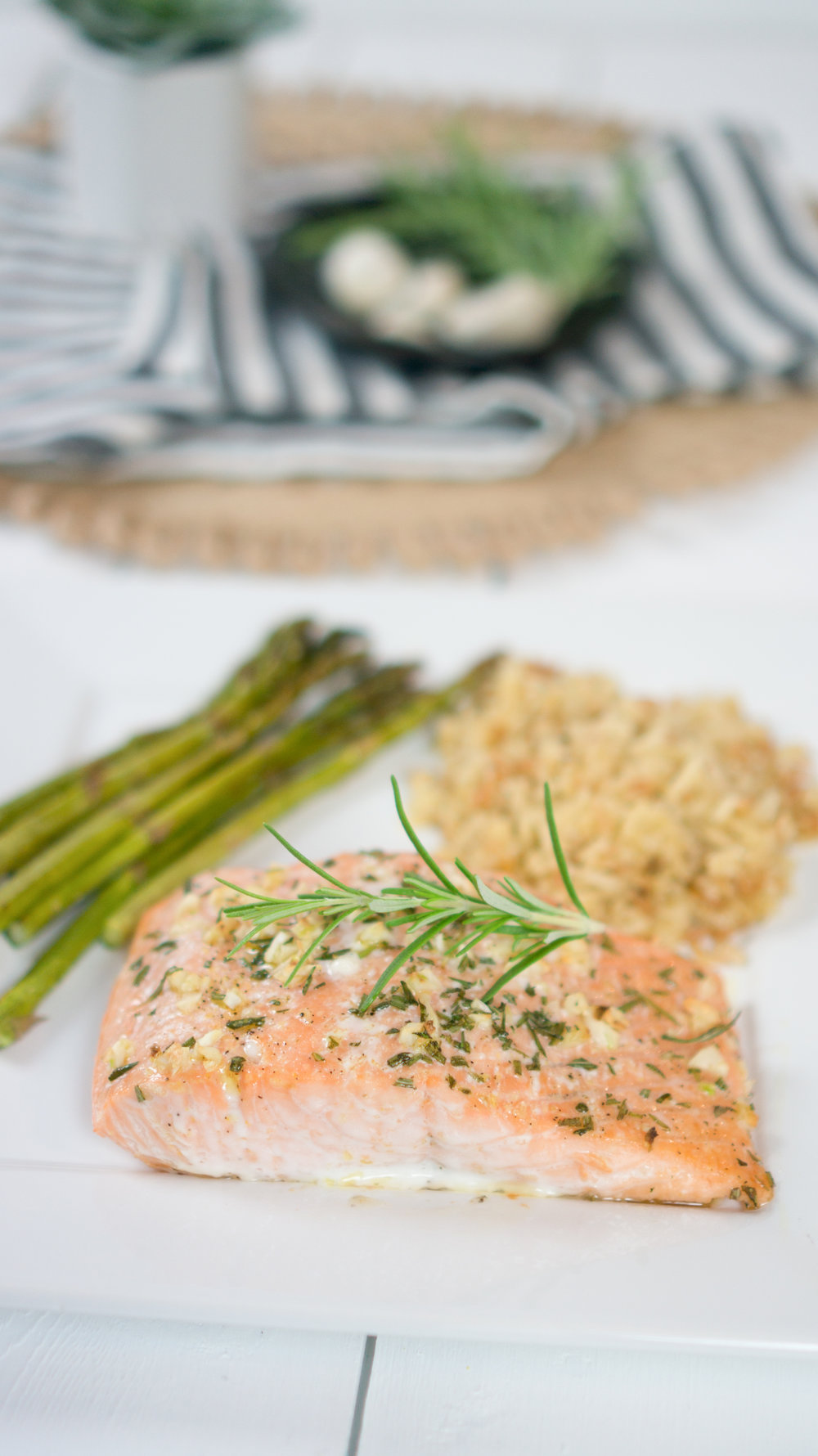 Quick and Easy 15 Minute Garlic and Rosemary Salmon