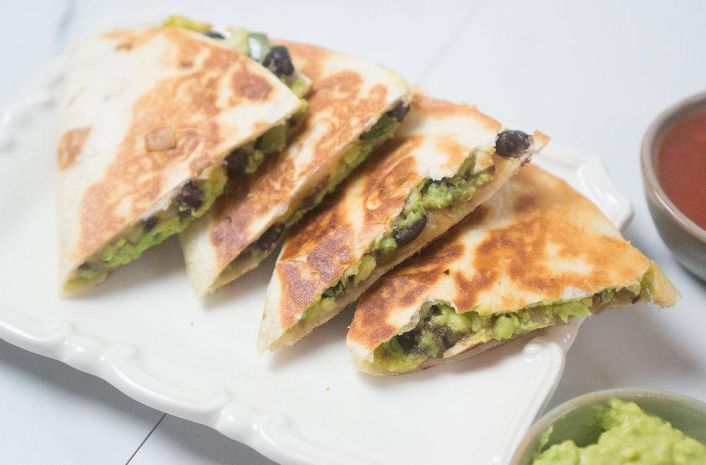 Black Bean and Avocado Veggie Quesadillas | Easy 15 Minute Dinner Vegetarian Recipe
