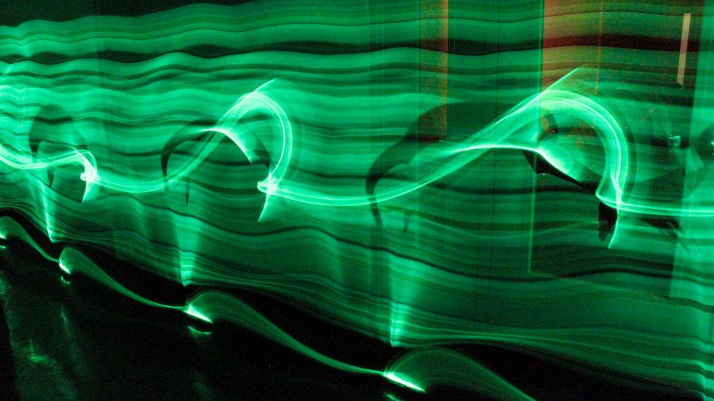 rant_chronophotography_glowstick2.jpg