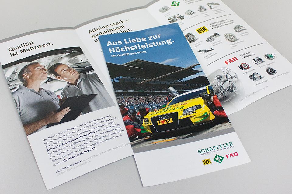 """Imagepublikation zur IAA 2011: """"Schaeffler DTM Experience"""""""