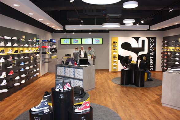 155-SPO-040_041_S2_Shopkonzept_02.jpg