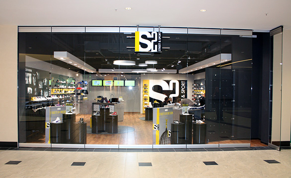 155-SPO-040_041_S2_Shopkonzept_01.jpg