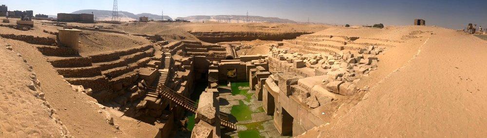 2017 OCT Abydos Osireon pano.jpg