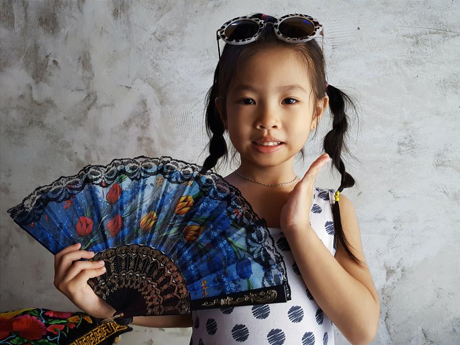 Owner's Daughter, Blue Water Cafe Bangkok