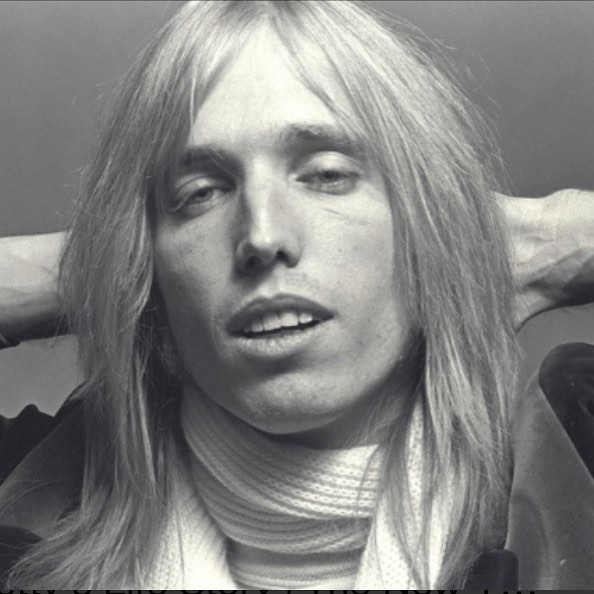 Another huge talent gone too soon...#riptompetty🖤 #shineonforever