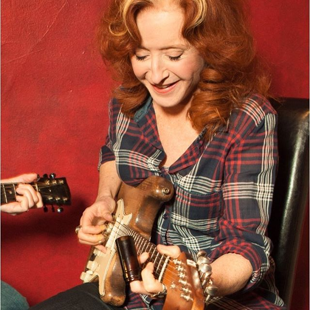 Happy Birthday Bonnie Raitt....a real trailblazer & inspiration for exposing one's own soul & standing up for her beliefs.  #angelfrommontgomery #listentoit  So blessed to see her in 2002 at the Hollywood Bowl. ✨🙏💜❤️#cannabiscommunity #shineonforever