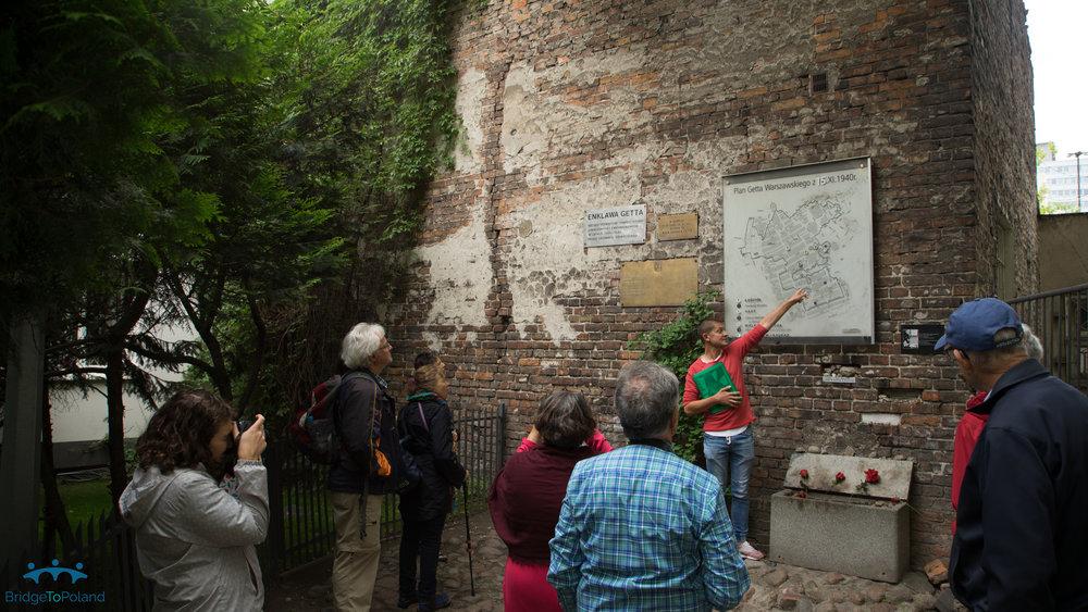Warsaw Pawel at wall.jpg