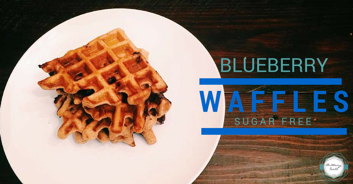 The easiest, yummiest, blueberry waffle recipe! Sugar free, and healthy waffles from @brittanysuell