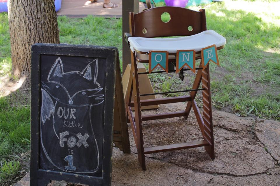 """Our Little Fox is Turning 1"" foxed themed birthday party by @brittanysuell"