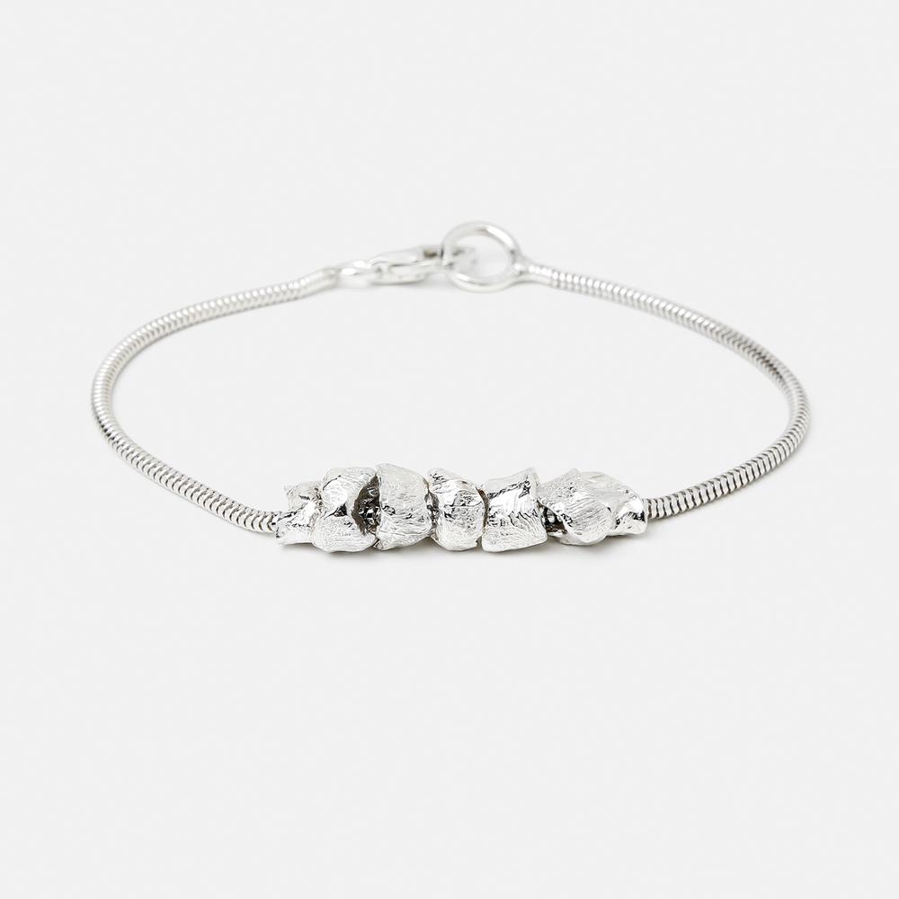 bracelet-signed-1.jpg