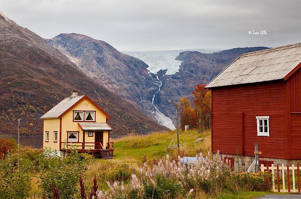 Norway, Øksfjordjøkelen