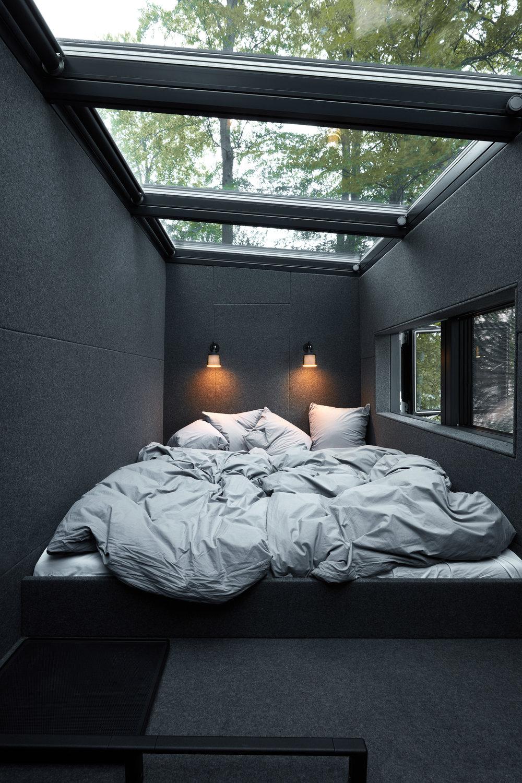 Vipp-Shelter-bedroom-low.jpg
