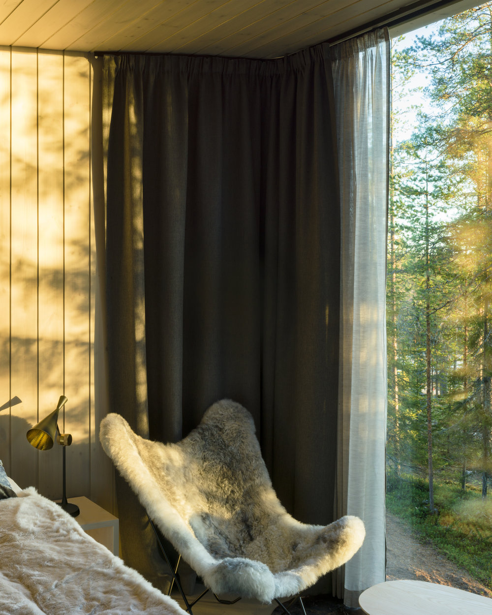 ARCTIC TREEHOUSE HOTEL_Studio Puisto_photos Marc Goodwin (11).jpg