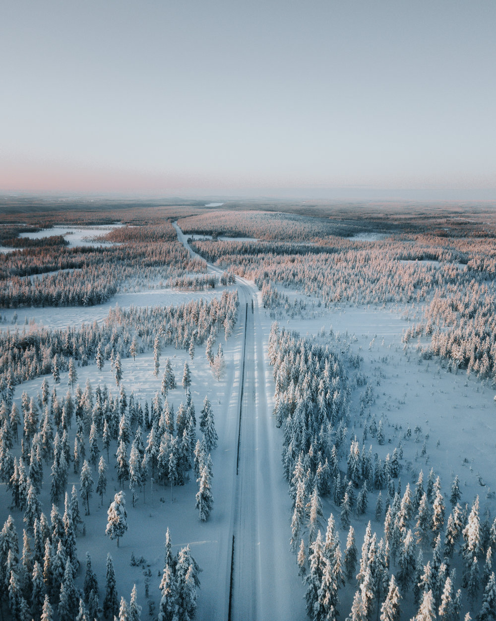 5. Kuusamo + Road.jpg