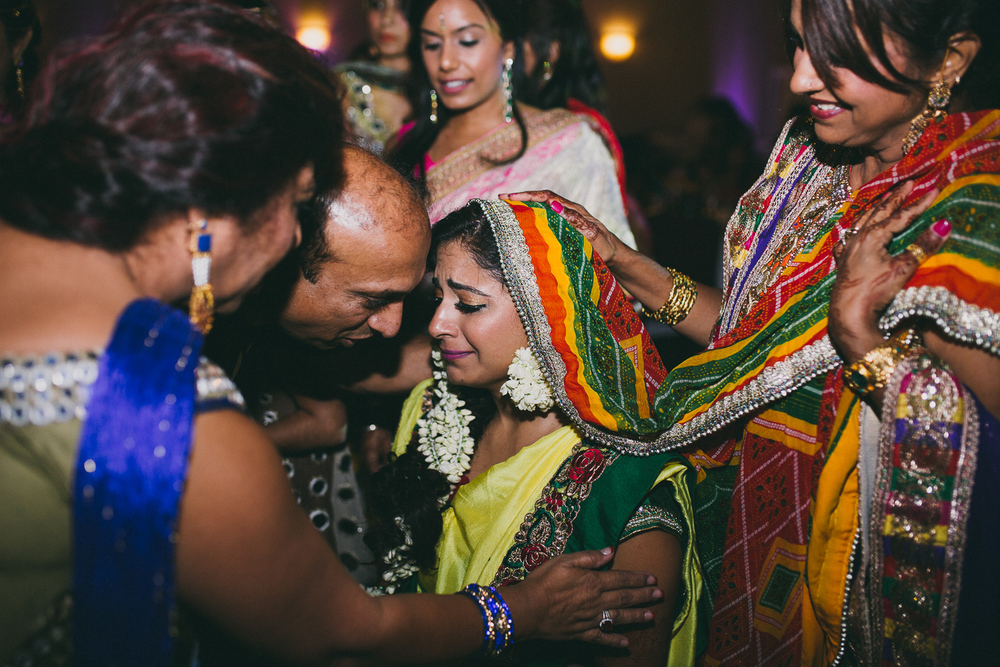 lovestoriesbyhalieandalec-indian-wedding-17.jpg
