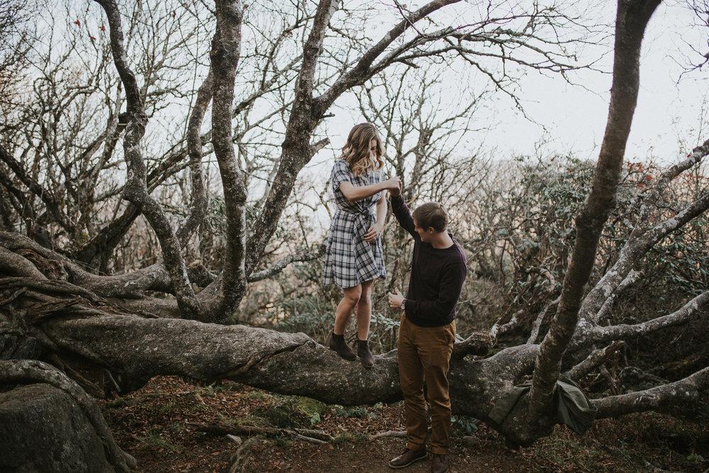 lovestoriesbyhalieandalec-asheville-wedding-photographers-6.jpg