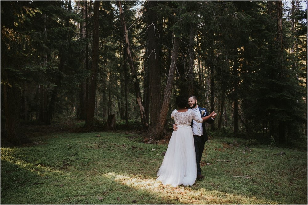 lovestoriesco-amber-phinisee-seattle-mount-rainier-elopement_0059.jpg