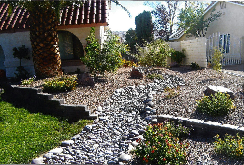 Dry Riverbed Water-Smart Landscaping