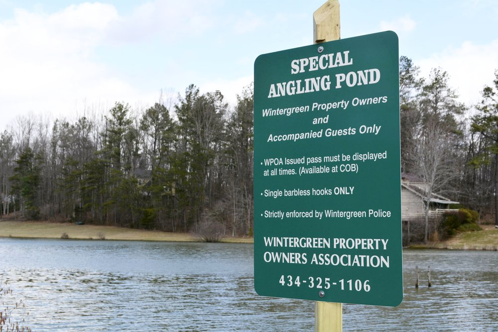 wintergreen trout pond sign.JPG