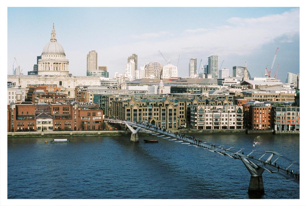 London_by_Brancoprata01.jpg